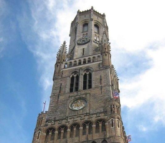 ver brujas en un día Belfort o Torre de Belfry