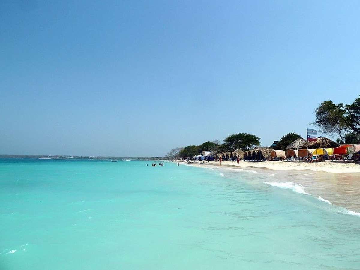Viajar a Barú playa blanca