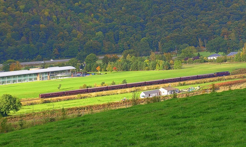 trenes turísticos del mundo: royal scotman