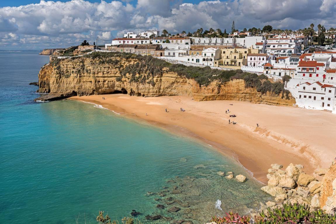 pueblos pintorescos de portugal carvoeiro