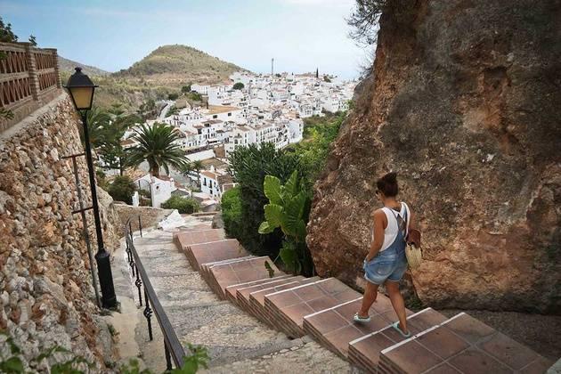 Los 8 pueblos de andaluc a con un encanto especial vivir - El mundo andalucia malaga ...