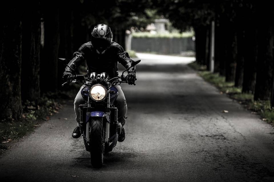 ¿Viajas en moto? Esto es lo que debes saber a la hora de planificar tus vacaciones 1