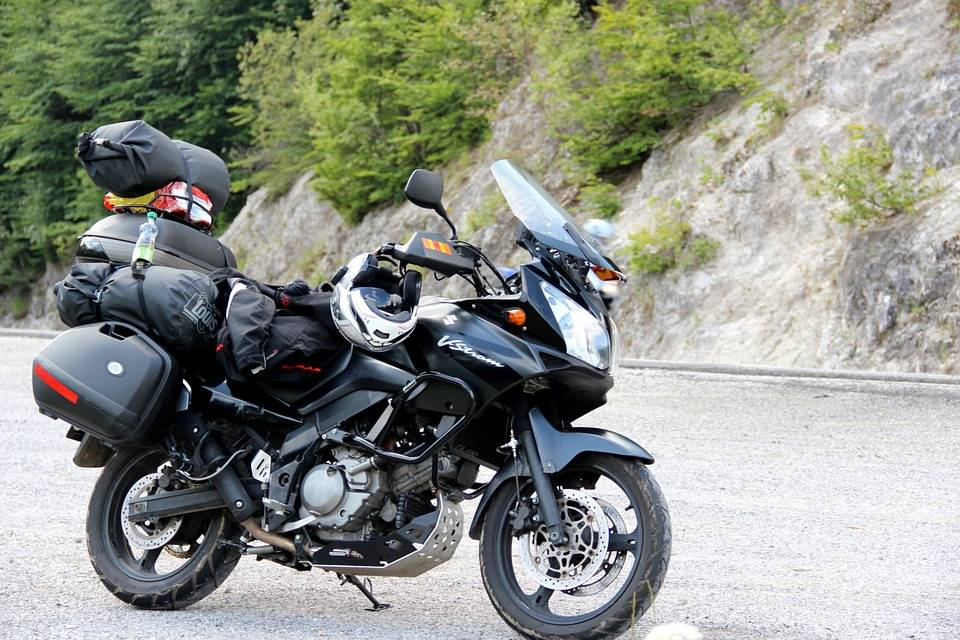 ¿Viajas en moto? Esto es lo que debes saber a la hora de planificar tus vacaciones 2