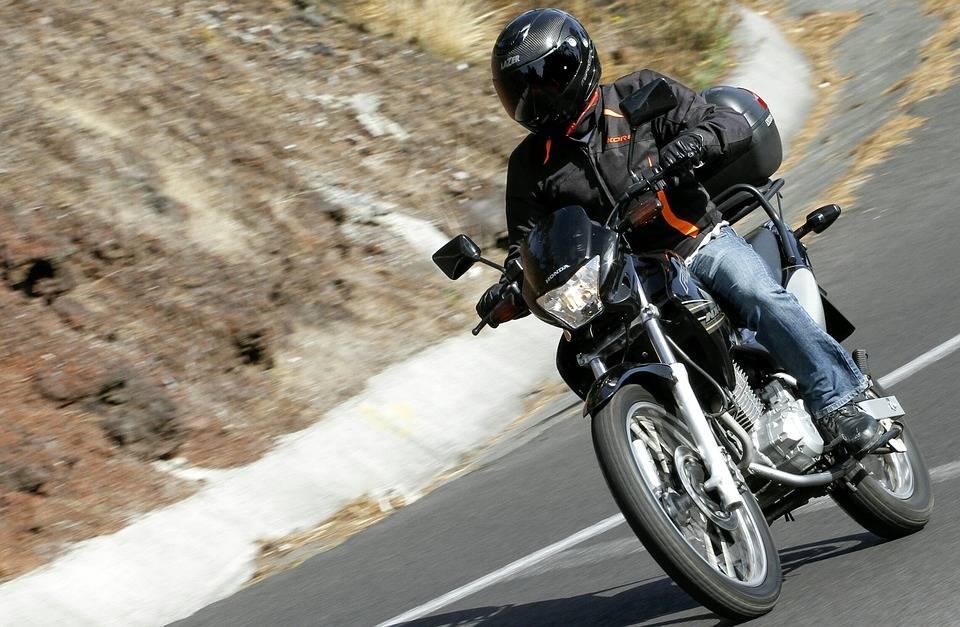¿Viajas en moto? Esto es lo que debes saber a la hora de planificar tus vacaciones 3