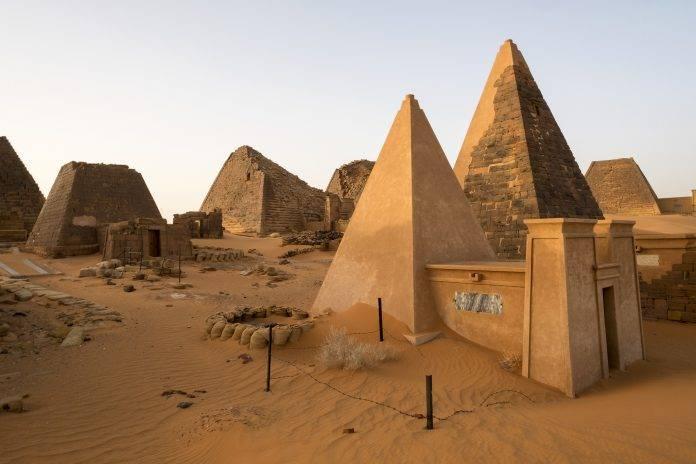 Las 10 pirámides más alucinantes del mundo 2