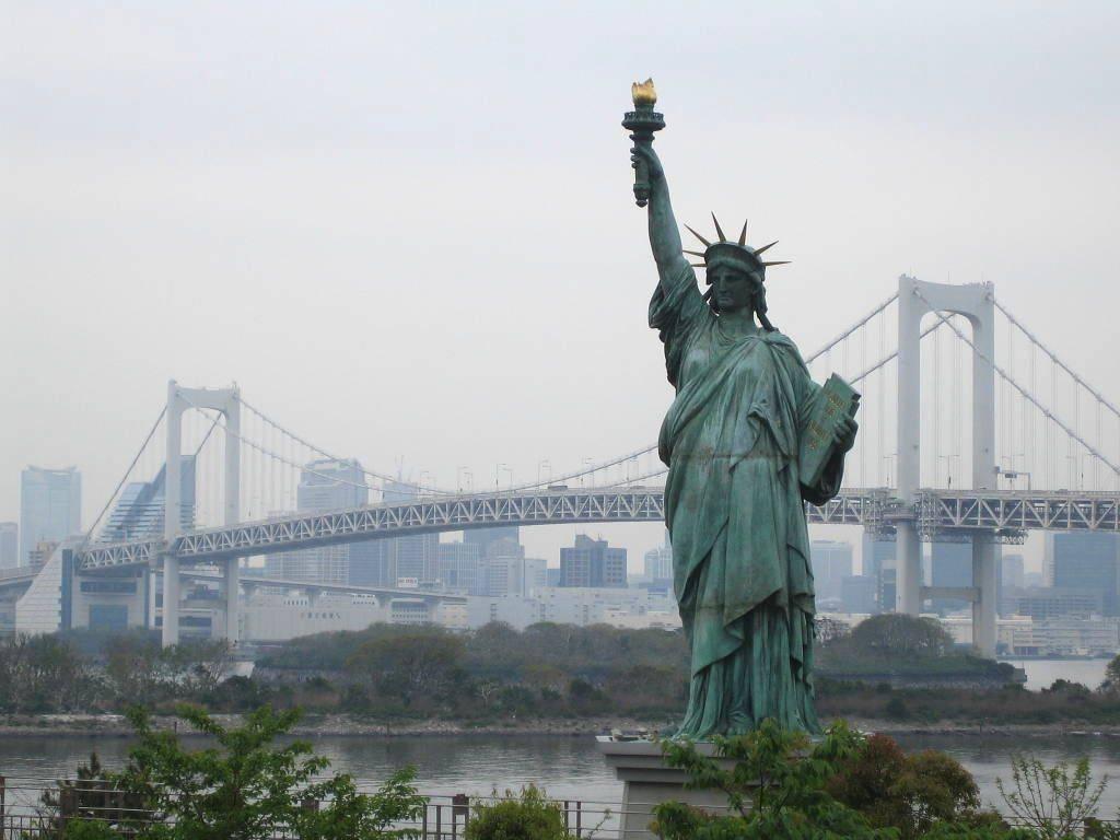 7 lugares de inter s que deber as visitar si viajas a for Interior estatua de la libertad