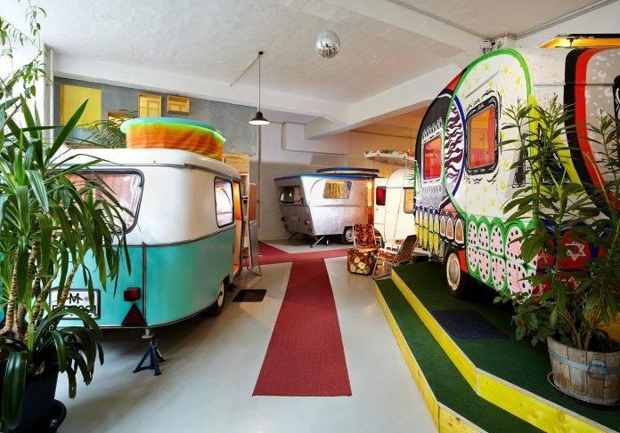 6 caravanas extravagantes para recorrer el mundo 8
