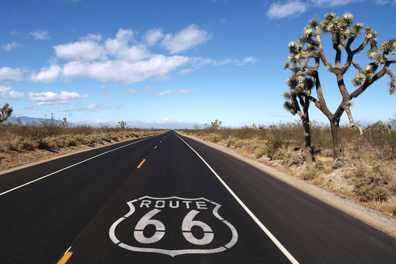 Siente la pasión de la Ruta 66 en una Harley o en un Mustang 1