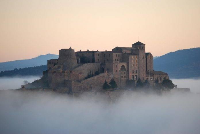 7 castillos espectaculares donde poder sentirte como un rey 8