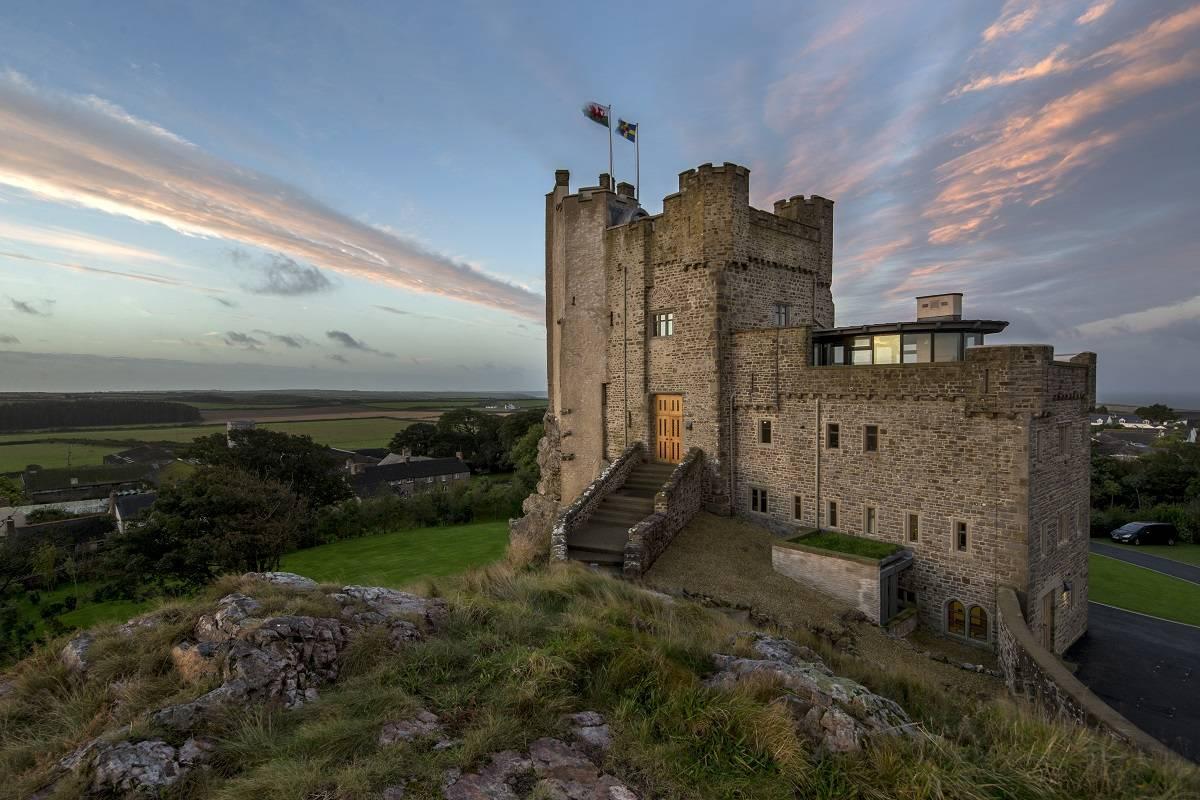 7 castillos espectaculares donde poder sentirte como un rey 5