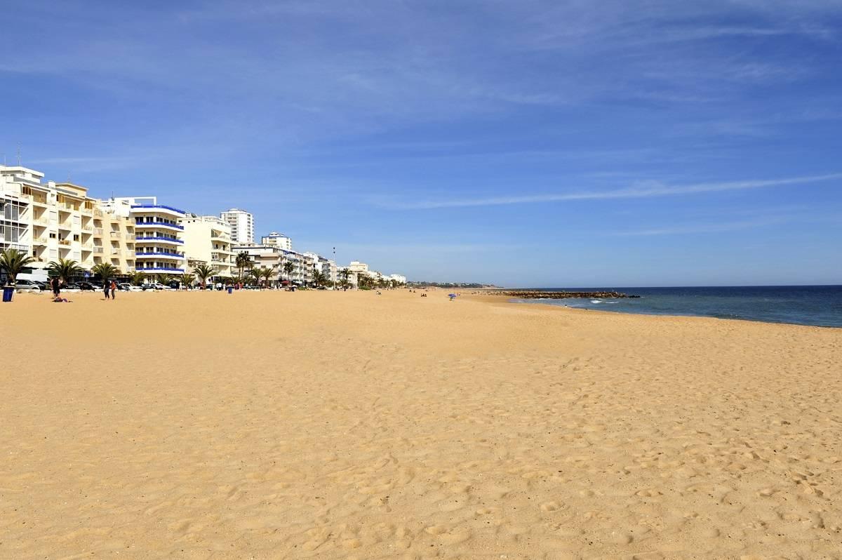 5 destinos de playa económicos para desconectar de todo 5