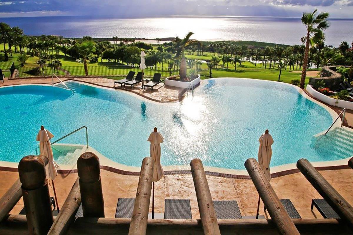 Destino de lujo y relax – las terrazas de Abama 1