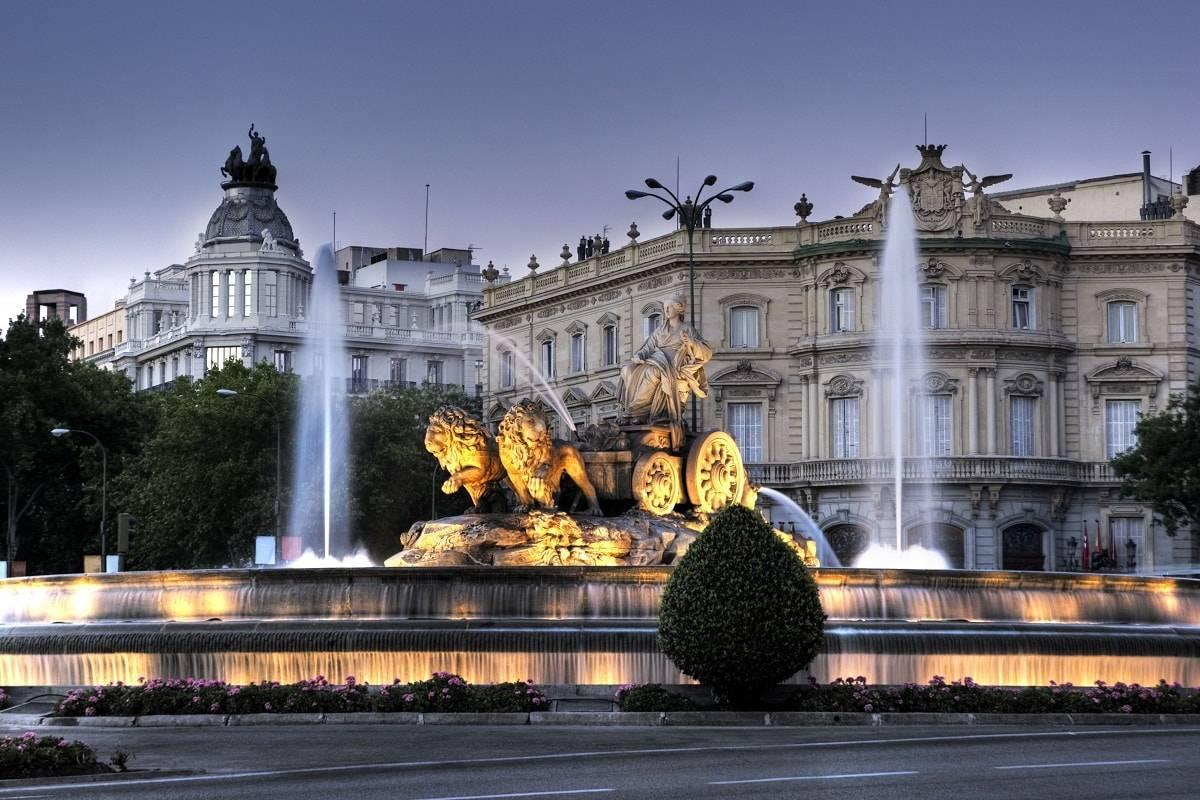 Madrid, Granada y Sevilla, las ciudades más visitadas por los españoles en Navidad 1