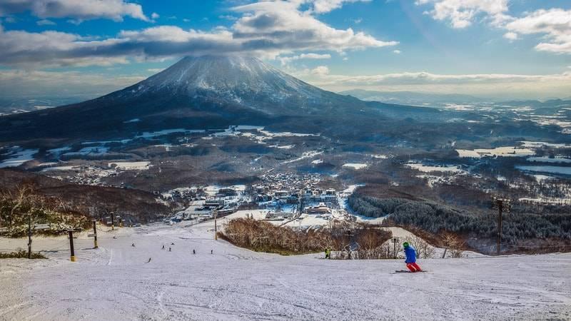 Disfruta del mundo del esquí sin tener que pagar demasiado 1
