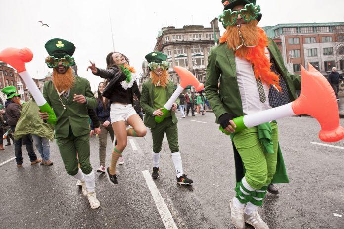 San Patricio teñirá de verde monumentos de todo el mundo 21