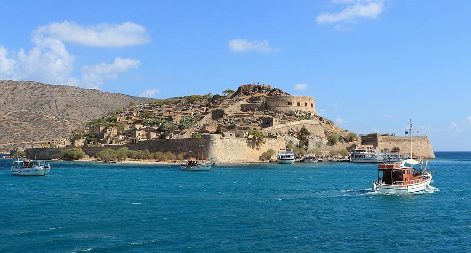 Islas griegas, mejor descubrirlas a bordo de un crucero 2
