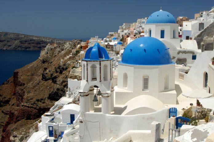 Islas griegas, mejor descubrirlas a bordo de un crucero 5