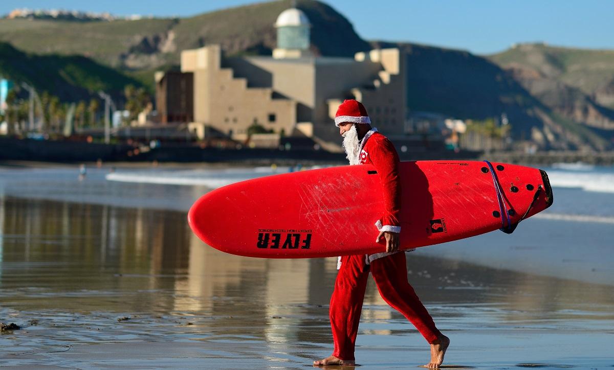Las Palmas de Gran Canaria, la ciudad donde surfea Papá Noel 3
