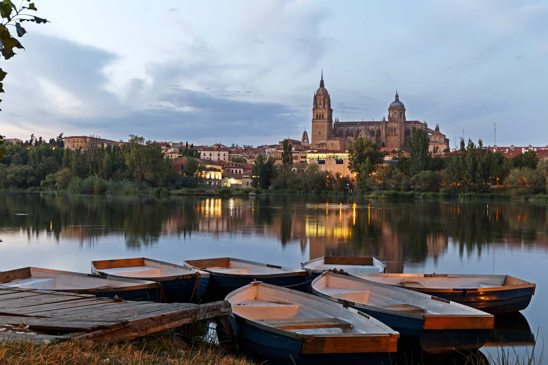 Descubre las mejores ciudades españolas para ir de tapas 6